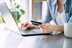 difference between standing order and direct debit